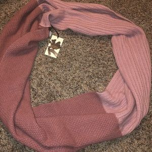 Two tone pink cashmere scarf!